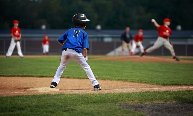 Creating a Winning Environment for Youth Baseball Parents
